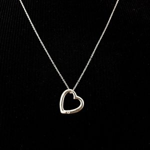 Sterling silver necklace floating heart 925